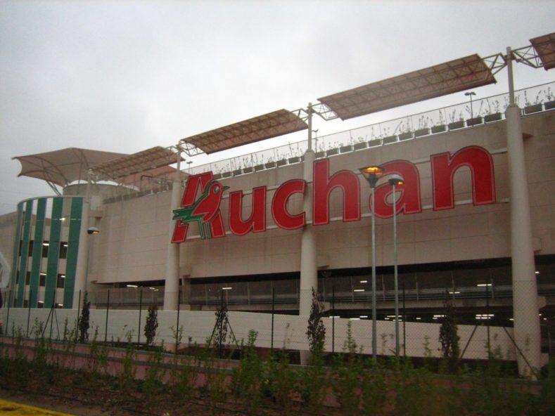 contiAssociati-AuchanCiniselloBalsamo-FacciataconInsegna